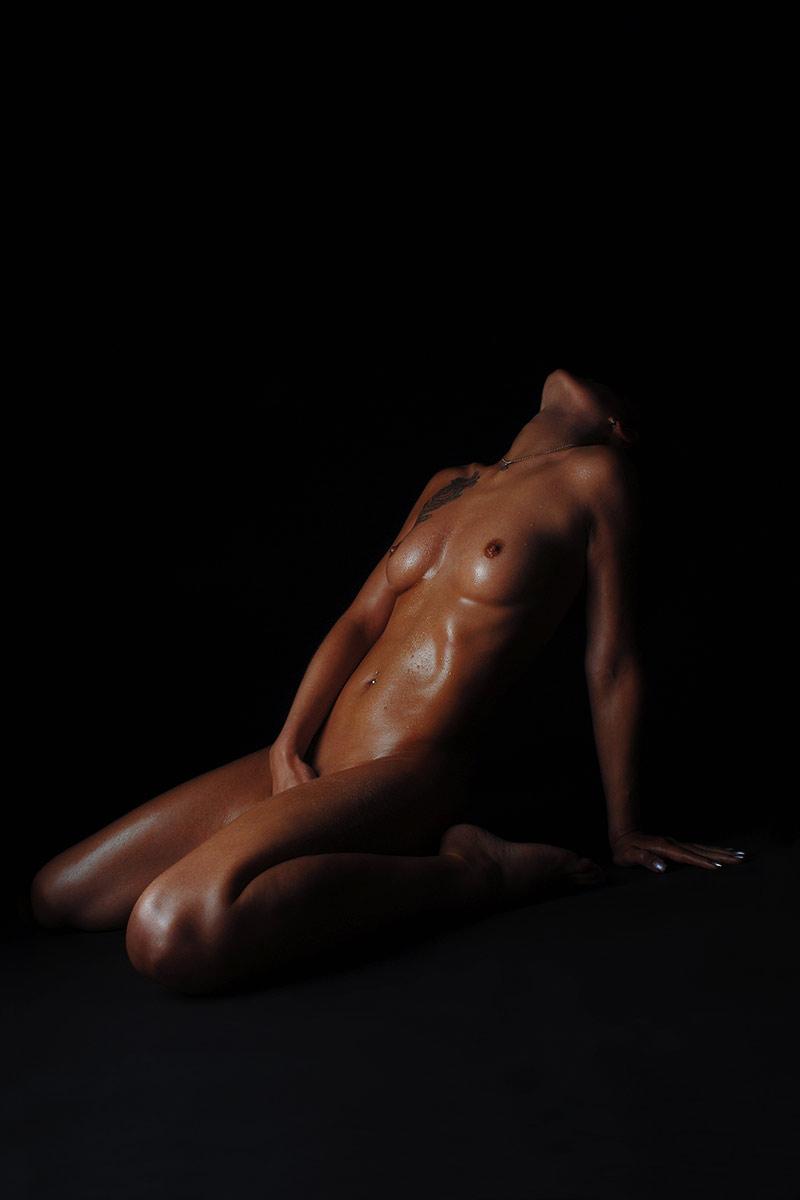 Erotischer Akt - Digitalfotografie von Ronald Puhle a.k.a. Mausmaler