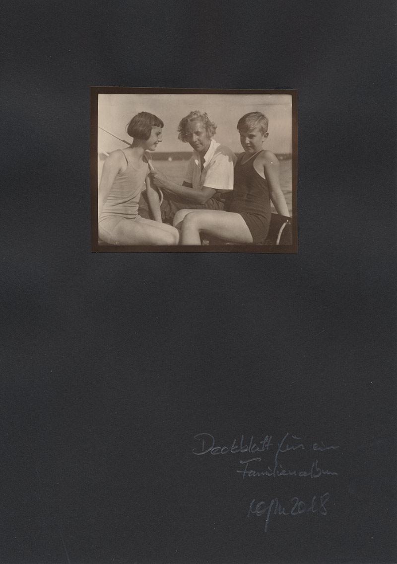 Deckblatt für ein Familienalbum